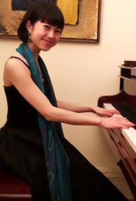 Yuko au piano